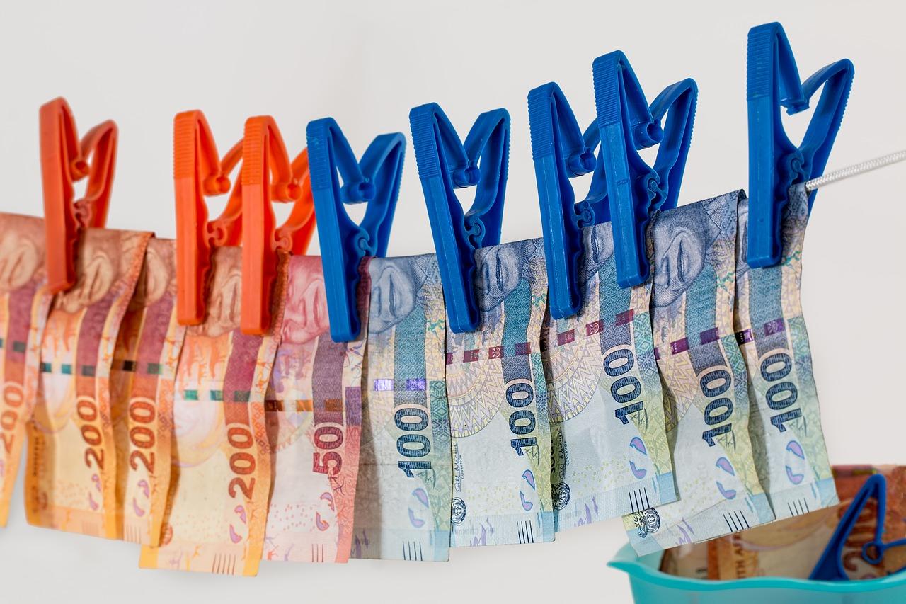Beitragsbild zu Schutz vor Kreditkartenbetrug und komplexen Magecart-Angriffen