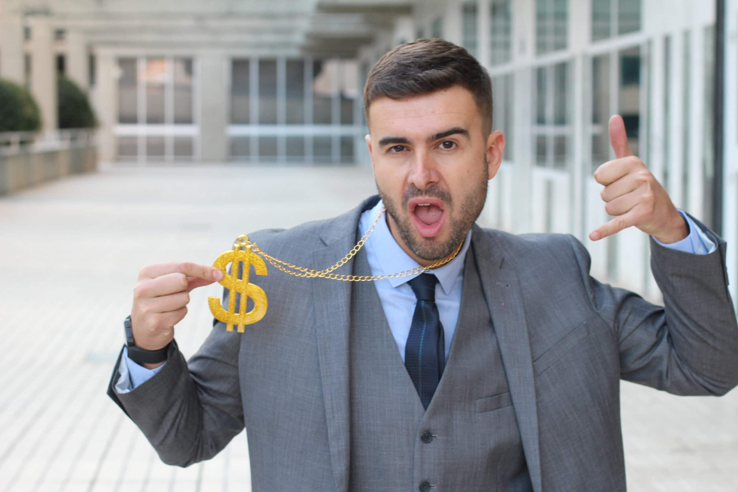 """Featured image for """"""""Wie ich mir mein Gehalt selbst anpassen kann"""" – Und was hat das mit SAP zu tun?"""""""